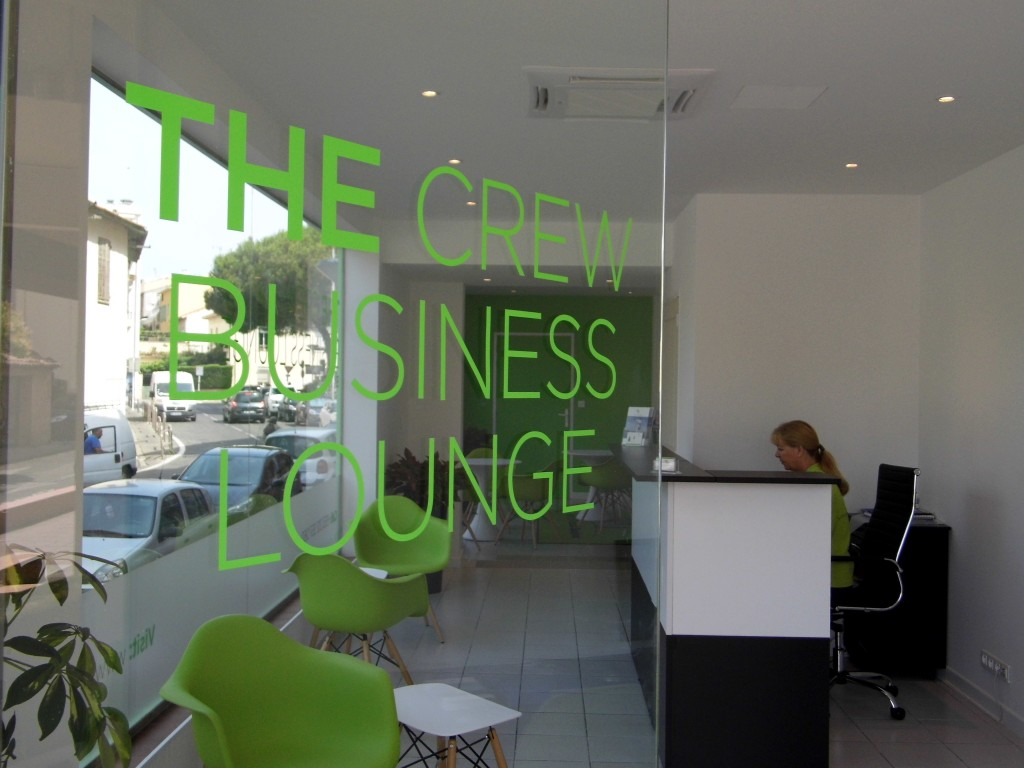 YFSOL-The-Crew-Business-Lounge